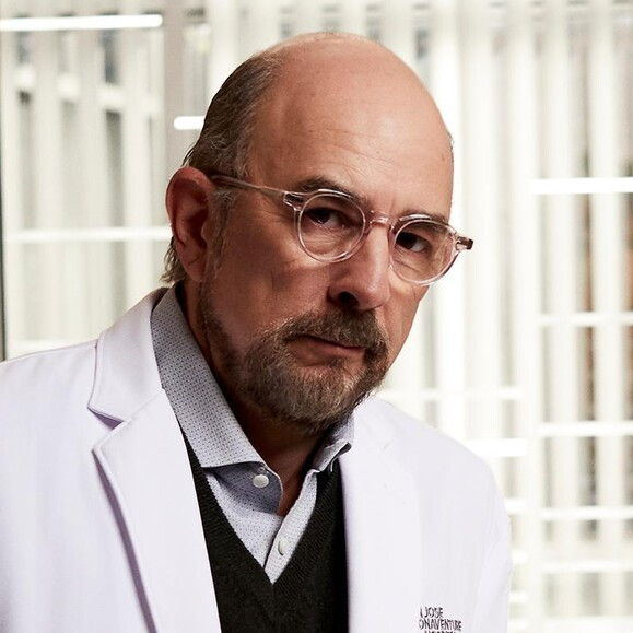 'The Good Doctor' star Richard Schiff was hospitalized with COVID-19 - expired
