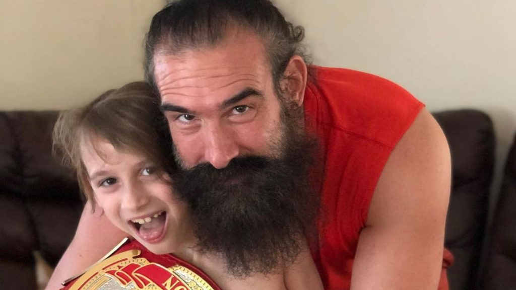 Brady Lee's son signed with AEW