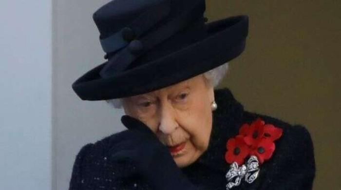 Queen Elizabeth explodes for 'day robbery' as monarchy's economy explodes