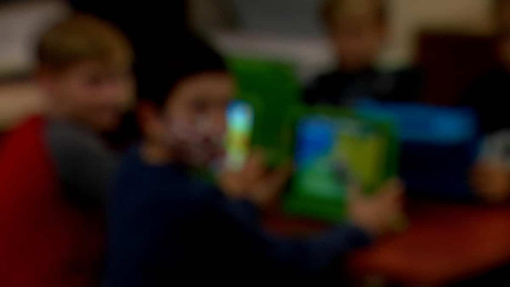 Virtual education, hostage to technology