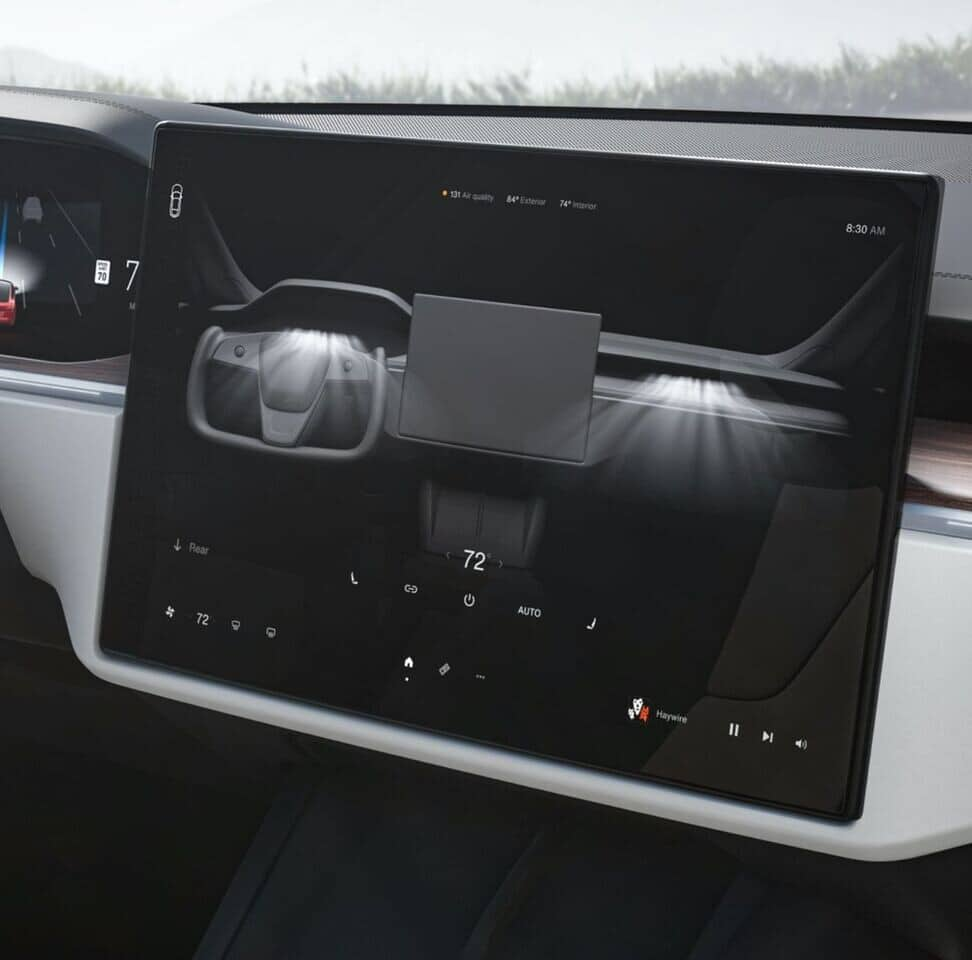 Figure 5: The new Tesla model features a powerful infotainment system similar to the SPS5