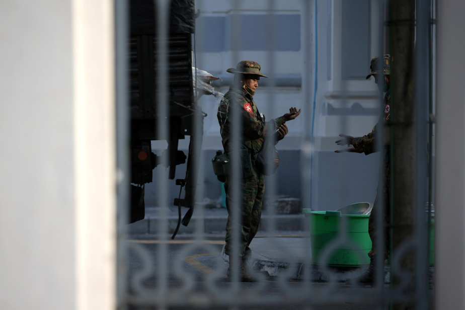 Uprising in Myanmar |  The Burmese army declared a state of emergency for a year