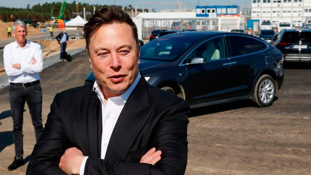 Elon Musk asks a question in a job interview to find out the lies
