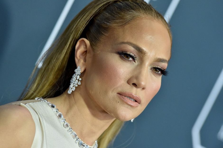 Jennifer Lopez, who was arrested for using Botox, responded