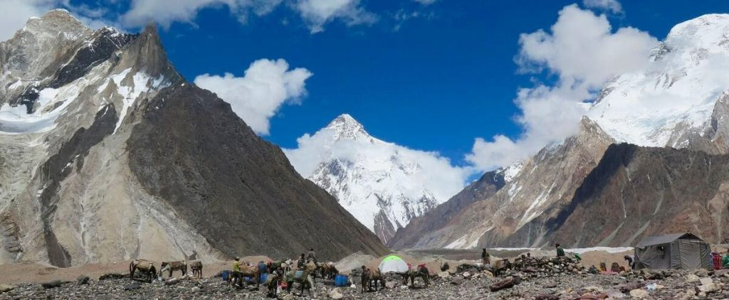 Nepalis make the first winter ascent of K2