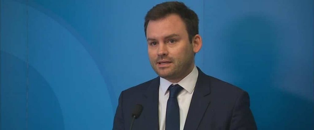PQ seeks a plan for universities and CEGEPs