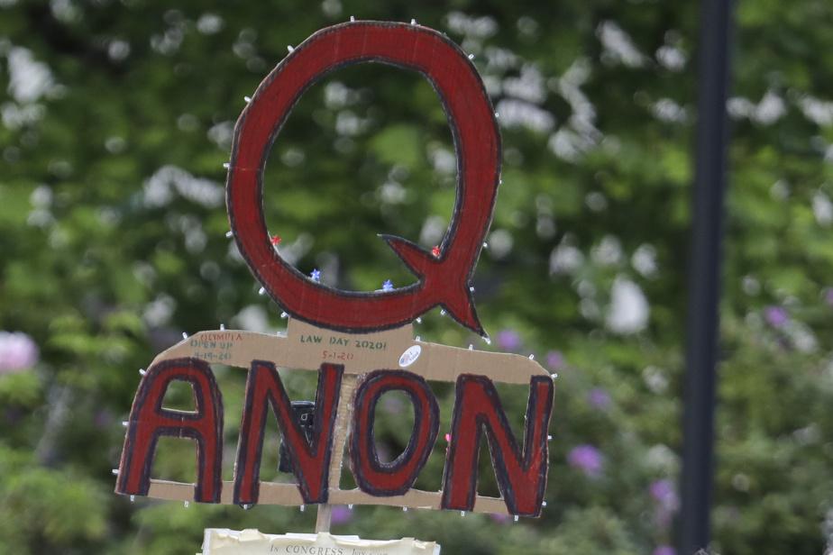 The Republican politician sends QAnon video to colleagues