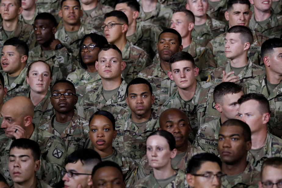 US Army |  Ponytails, braids and earrings are now allowed