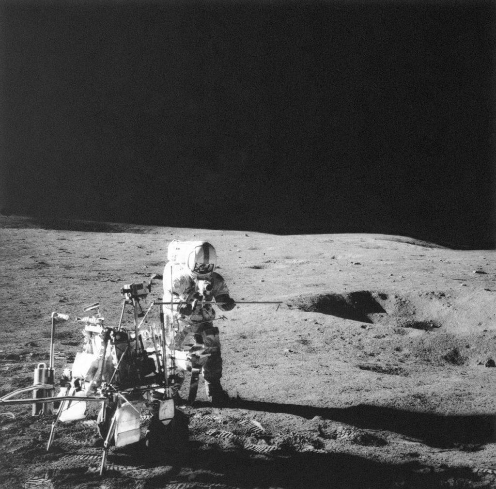 Alan B. Shepherd Jr. Golfed on the Moon 50 years ago |  Unusual |  News |  The sun