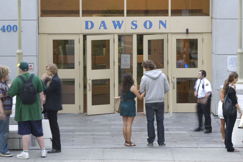 Dawson College    PQ will file a motion to block the expansion project