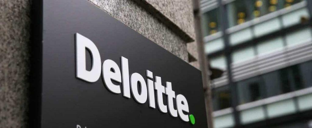 Quebec: Deloitte drops drops