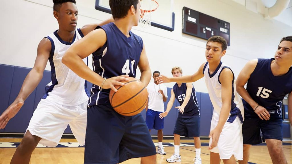 """Student Sports: """"It will be over soon,"""" said RSEQ's CEO"""