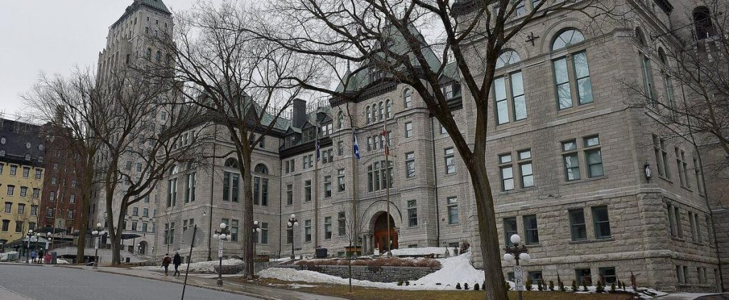 Telework: Quebec City victory over white collar workers