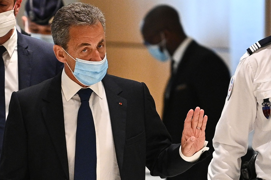 Corruption and impact pedaling    Nicolas Sarkozy sentenced to three years in prison