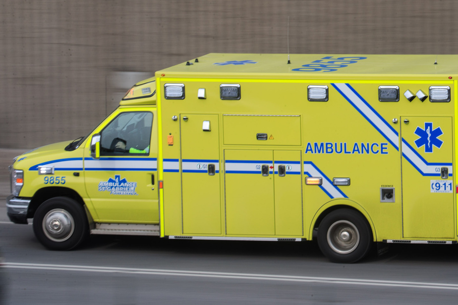 Four people were seriously injured in an ision accident on Highway 40