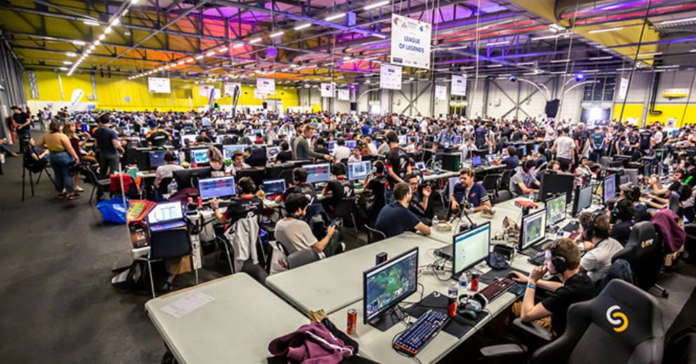 Gaming |  Sport: Gamers assembly shows resilience with new online format