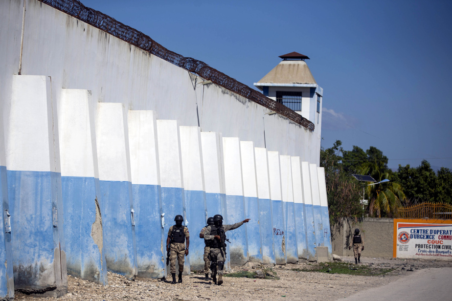 Haiti |  Due to the complexity and lack of guards there is a possibility of escaping the murderous prison