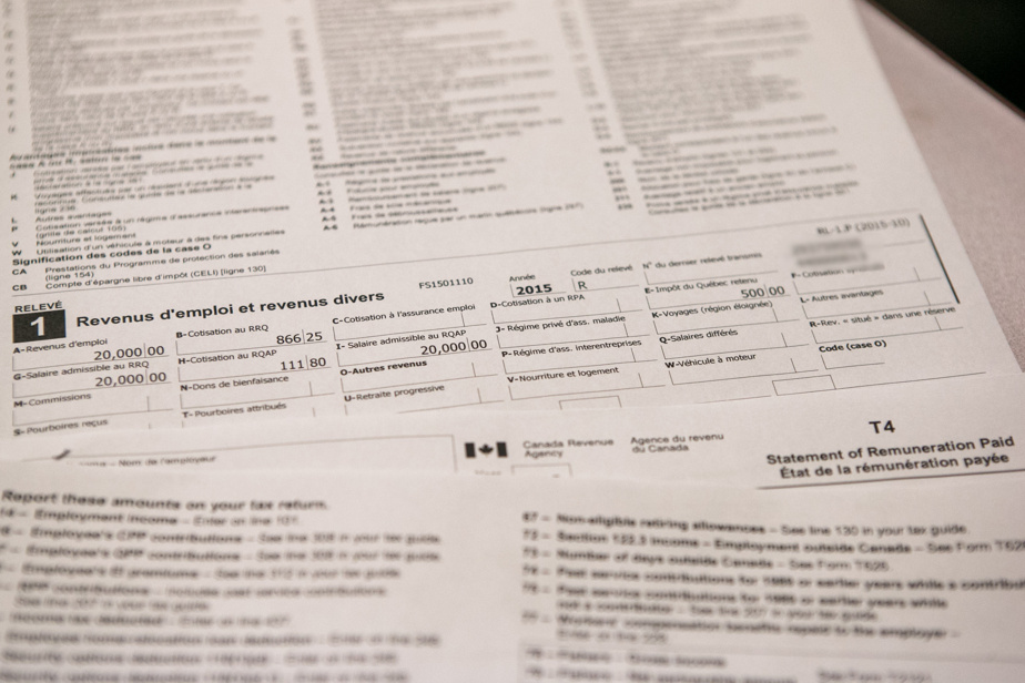 There is no single tax return for Quebec