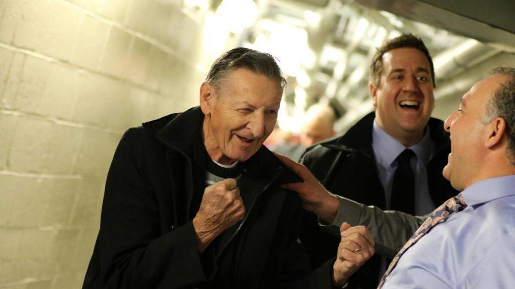 Wayne Gretzky's father has died