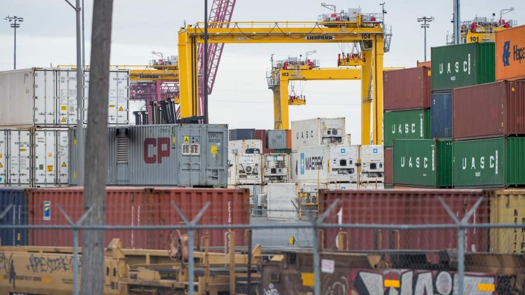 99.31% voted for the Port of Montreal Longshoremen strike