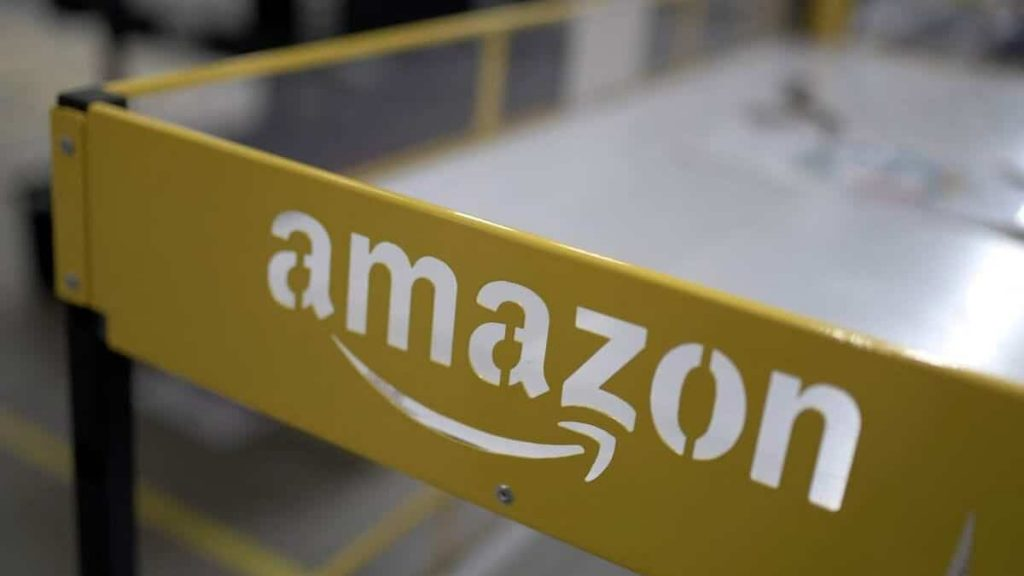 COVID-19: Two Amazon outlets in Ontario partially closed