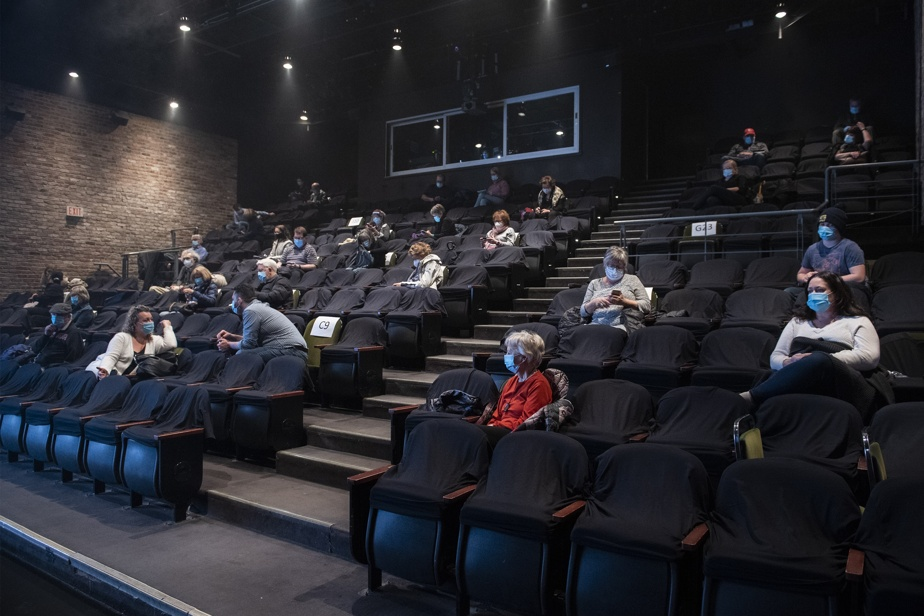 New health measures    Even in theaters and movie theaters there is a small audience