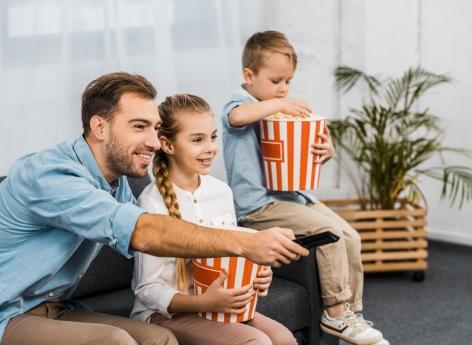 Screens contribute to children's unhealthy eating habits