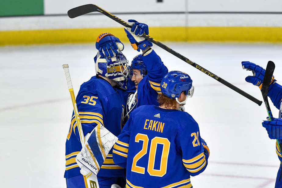 The Sabers ended an 18-game defeat