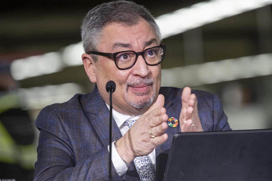 Salary of Senior Civil Servants    Horacio Arruda at club Ora 300,000 and above