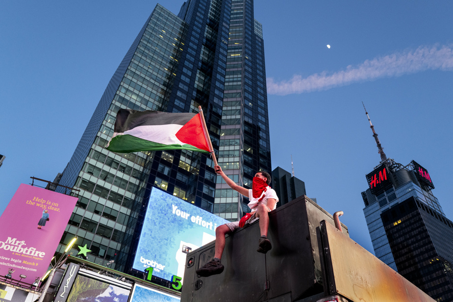 Conflict in the Middle East    A Jewish man attacked Times Square amid protests