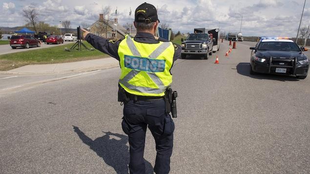 Ontario Quebec and Manitoba |  Extends border closures with Coronavirus: Ontario