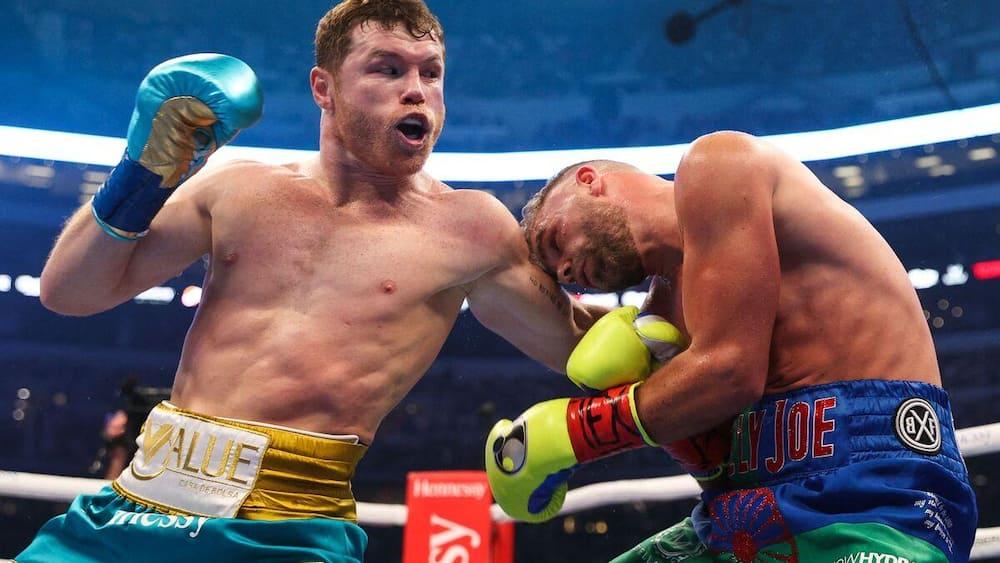 Alvarez unites super middleweight titles