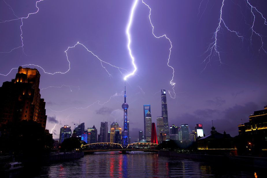 China    Eleven people were killed by severe thunderstorms and more than 100 were injured near Shanghai