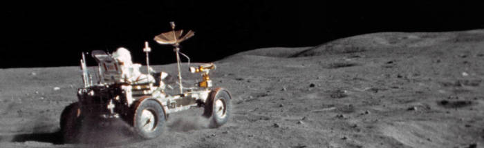 Measuring dust on the moon to combat pollution on Earth