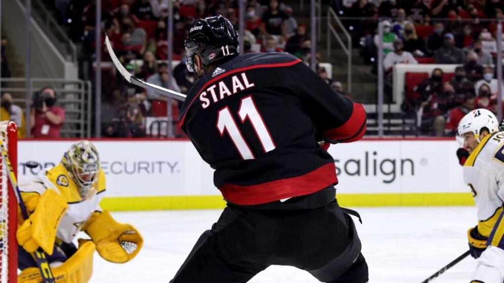 NHL Playoffs: Hurricanes take on Predators in Game 1 of Round 1