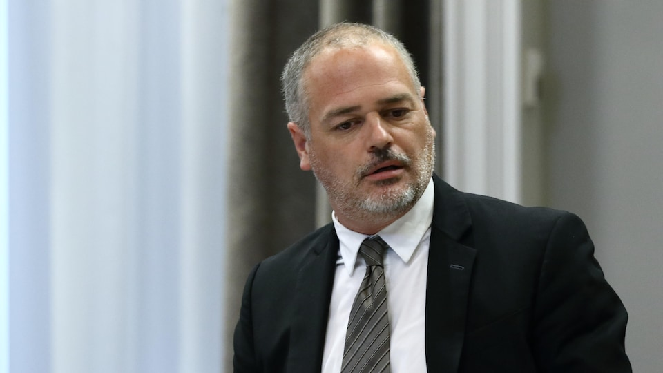 Jonathan Julian, Minister of Energy and Natural Resources.