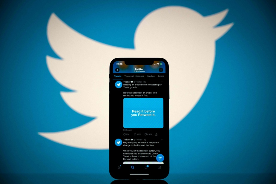 Twitter has overturned a racially biased photo-cropping algorithm