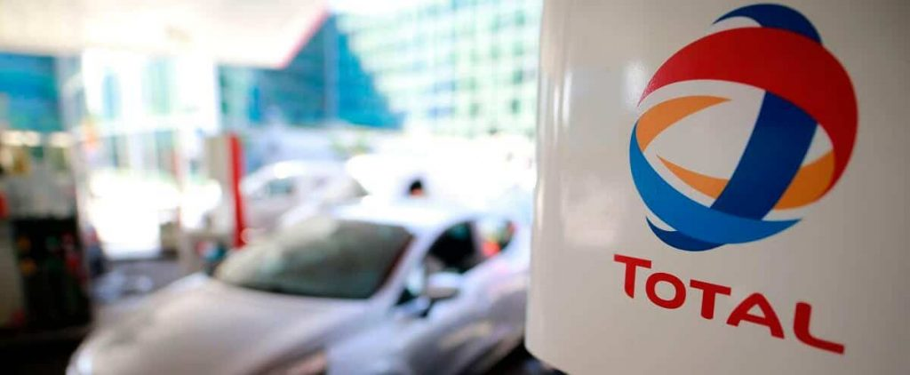 Under pressure, Total changes its name and tries to convince itself that it does enough for the weather