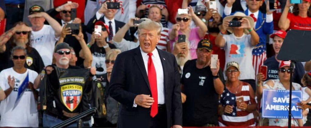 In front of thousands of supporters, Trump began fighting for the midterm elections
