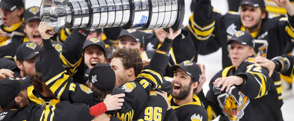 Tigers Champions    Quebec Journal