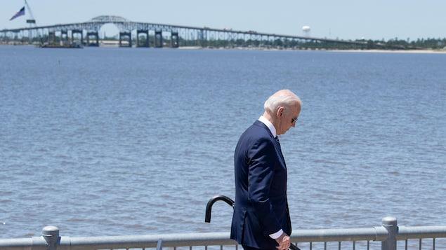 Joe Biden, looking for a road to the bridge