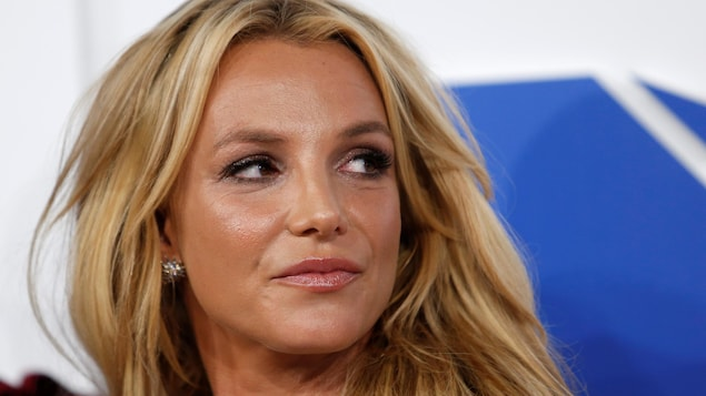 Britney Spears' father is guardian, U.S. court rules