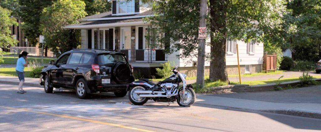 Clash in Quebec: A motorcyclist loses his life