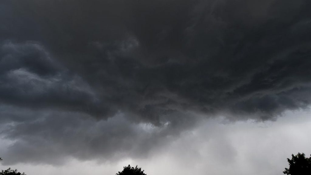 Severe thunderstorms threaten southern Quebec