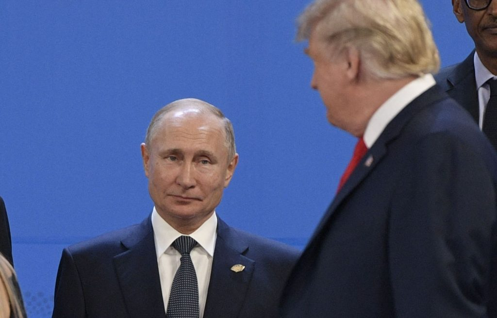 US election: Vladimir Putin at the heart of the conspiracy to elect Donald Trump