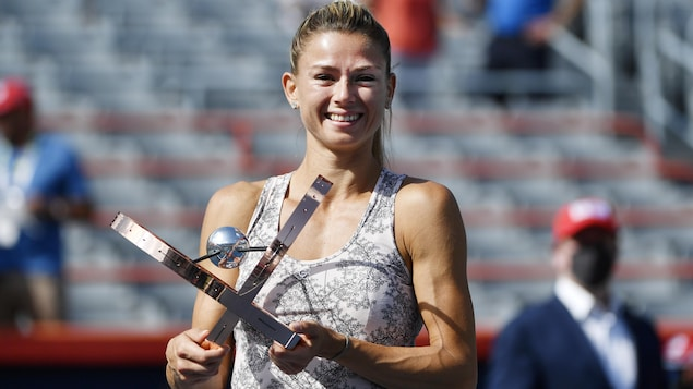 Camila Giorgi surprises Carolina Pliskova in National Bank Open final