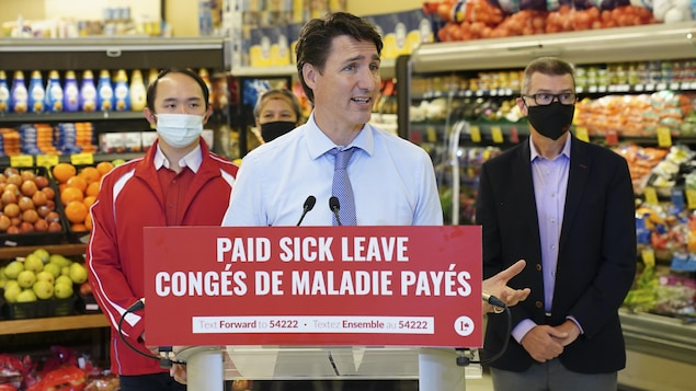 Liberals promise federal employees 10 days of paid leave Elections Canada 2021