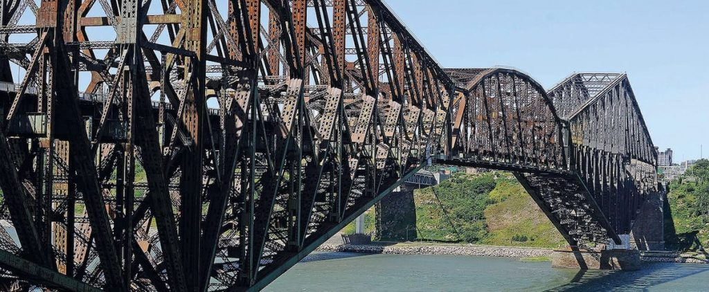 The purchase of the Quebec Bridge was delayed with the federal election