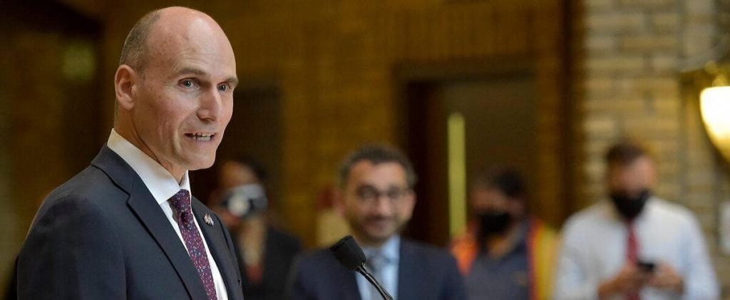 Third link: Duclos is open to financing only part of it