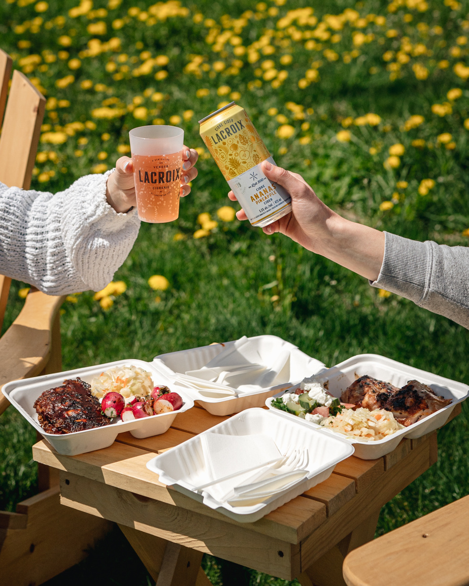 You can eat and taste ciders from Ciderrey Lacroix on site.